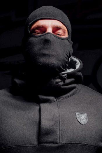 De zwarte full face hoodie frontline van PGwear bestel je natuurlijk bij PGwear Nederland, de officiële webshop voor Nederland en België
