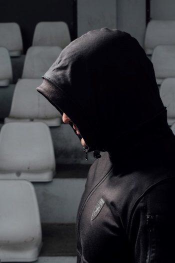 De ultimate black full face hoodie van PGwear bestel je natuurlijk bij PGwear Nederland, de officiële webshop voor Nederland en België