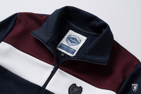 Het navy retro trainingsjack van PGwear bestel je natuurlijk bij PGwear Nederland, de officiële webshop voor Nederland en België