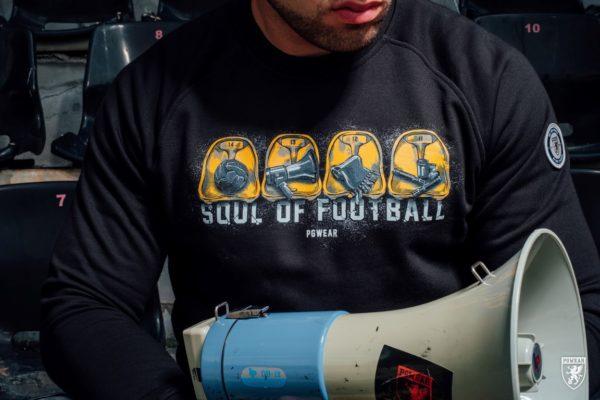 De soul of football sweater van PGwear bestel je natuurlijk bij PGwear Nederland, de officiële webshop voor Nederland en België