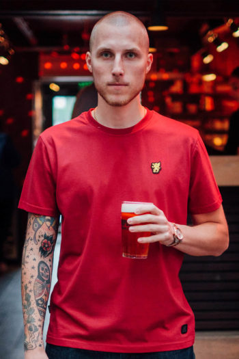 Het basic maroon t-shirt van PGwear bestel je natuurlijk bij PGwear Nederland, de officiële webshop voor Nederland en België