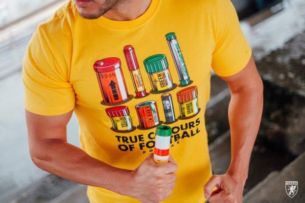 Het gele true colours of football t-shirt van PGwear bestel je natuurlijk bij PGwear Nederland, de officiële webshop voor Nederland en België